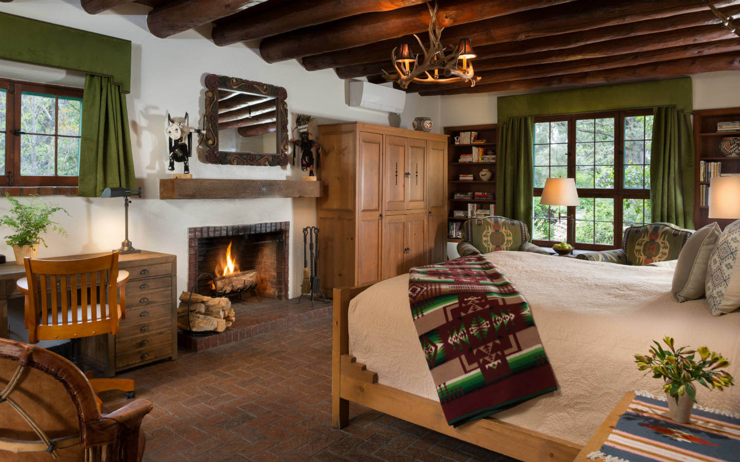 Rooms: Santa Fe Lodging :: Exceptional Inn With Acres Of Gardens
