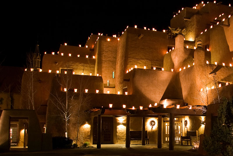 Santa Fe Christmas Events - See the Farolitos